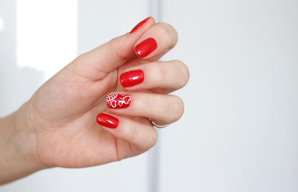 walentynkowe paznokcie semilac